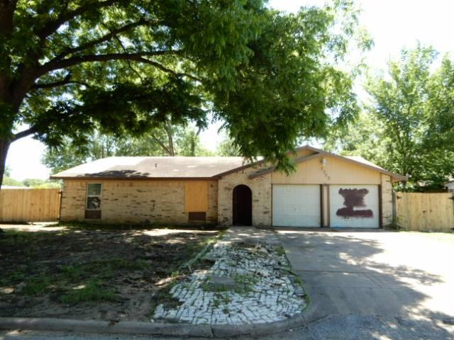 2325 Avenue C, Grand Prairie in Dallas County, TX 75051 Home for Sale
