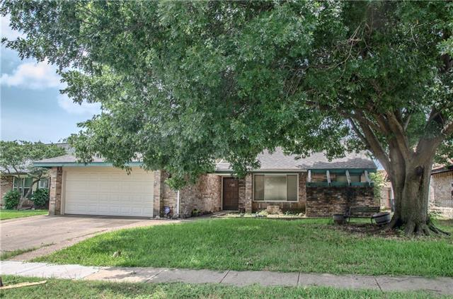 2453 Claremont Drive, Grand Prairie in Tarrant County, TX 75052 Home for Sale