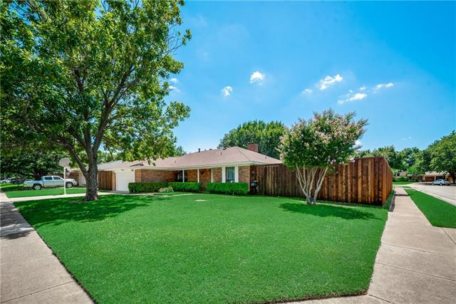 1211 Meadowview Drive, Euless in Tarrant County, TX 76039 Home for Sale