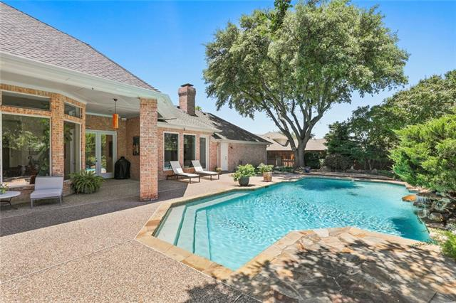 14860 Oaks North Place, one of homes for sale in Addison