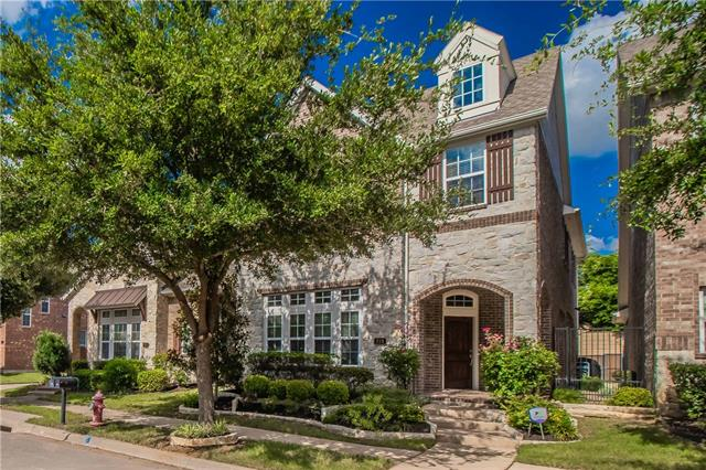 219 Buckingham Avenue, Euless in Tarrant County, TX 76040 Home for Sale