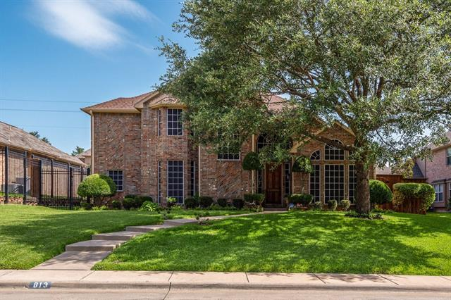 813 Longmeadow Court, De Soto, Texas