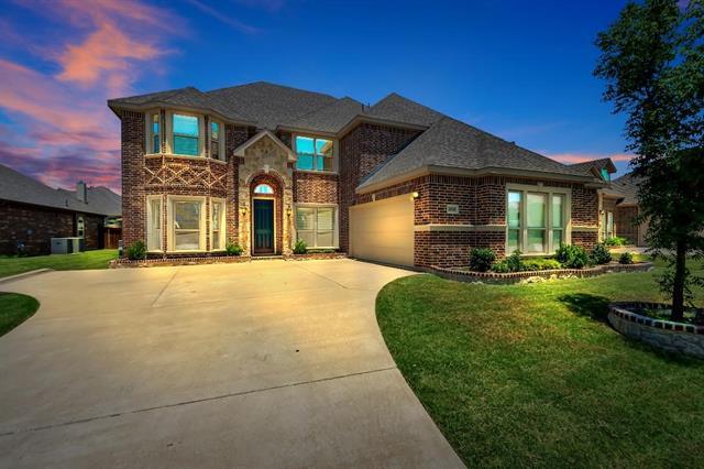 2820 Sendero, Grand Prairie in Tarrant County, TX 75054 Home for Sale