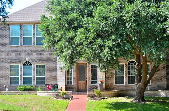 909 Hideaway Place, De Soto, Texas