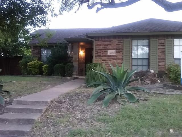 1048 Eagle Drive, De Soto, Texas
