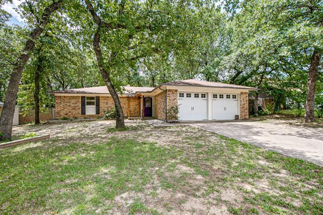 412 Windwood Court, Eagle Mountain in Tarrant County, TX 76020 Home for Sale