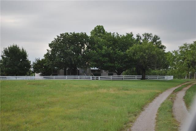 1521 Highway 590, Comanche, TX 76442