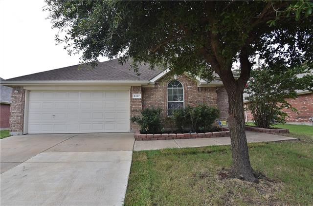5307 Deep Lake Drive, Grand Prairie in Dallas County, TX 75052 Home for Sale