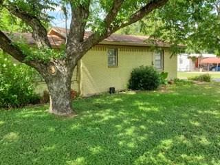 902 W Hall Street, Bangs, TX 76823