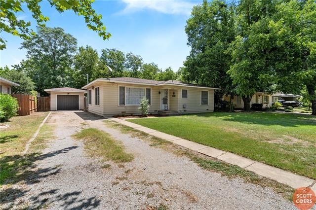 2212 Berkley Street, Brownwood, TX 76801