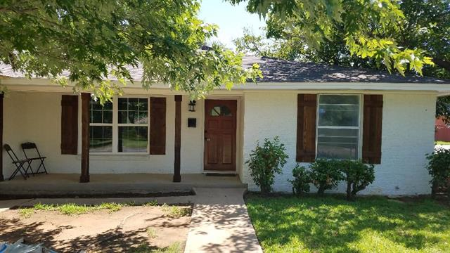 805 Henslee Drive, Euless in Tarrant County, TX 76040 Home for Sale