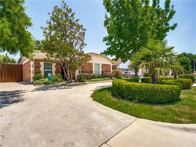 3010 Pearson Drive, Grand Prairie in Dallas County, TX 75052 Home for Sale