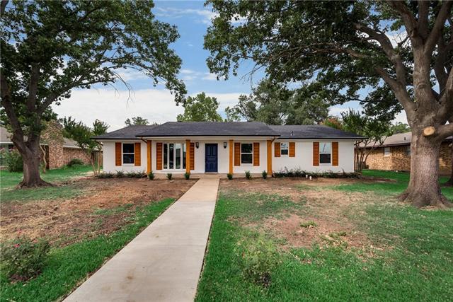 2137 Wellington Drive, Grand Prairie in Dallas County, TX 75051 Home for Sale