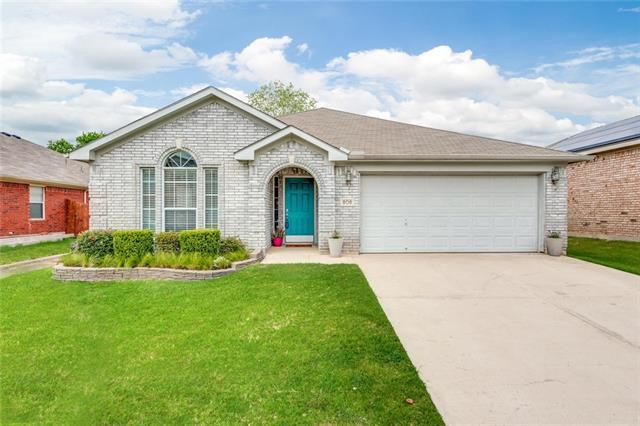 808 Chrissy Creek Lane, Euless in Tarrant County, TX 76040 Home for Sale