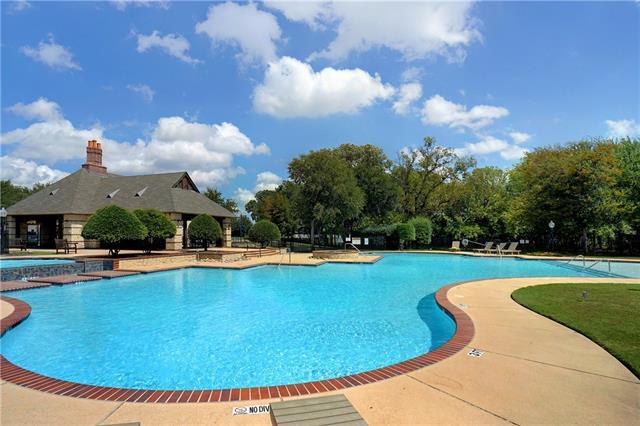 136 Country Lakes Drive, Argyle, Texas