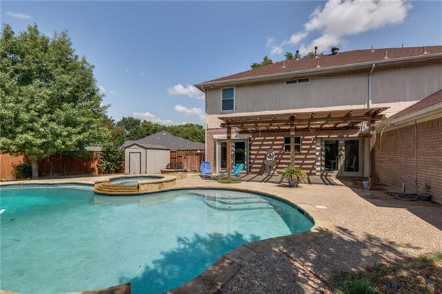 504 Teresa Court, De Soto, Texas