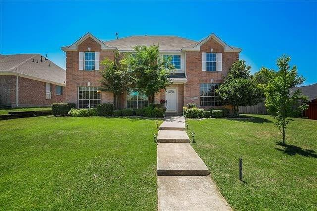 1230 Donegal Lane, Garland, Texas