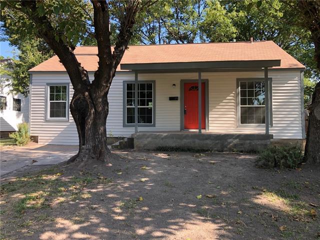 910 Oak Street, Grand Prairie in Dallas County, TX 75050 Home for Sale