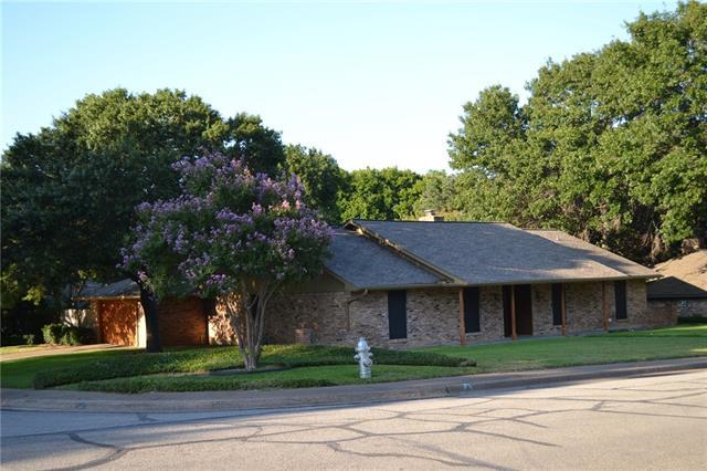 321 Mantlebrook Drive, De Soto, Texas