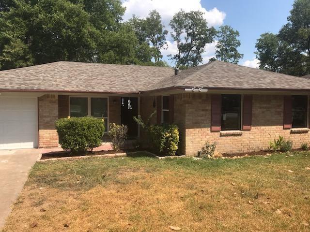 106 Evelyn Street, De Soto, Texas