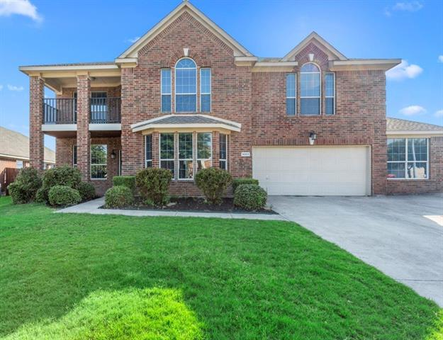 5003 Raptor Court, Grand Prairie in Tarrant County, TX 75052 Home for Sale