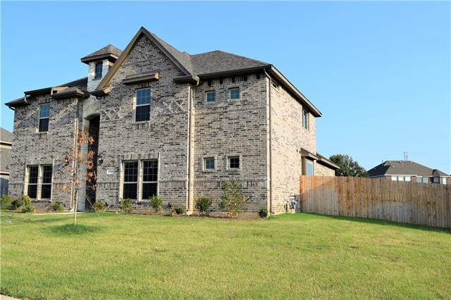 1709 Chacon Canyon Drive, De Soto, Texas