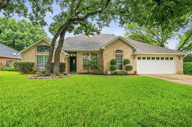 502 Anthony Drive, Euless in Tarrant County, TX 76039 Home for Sale