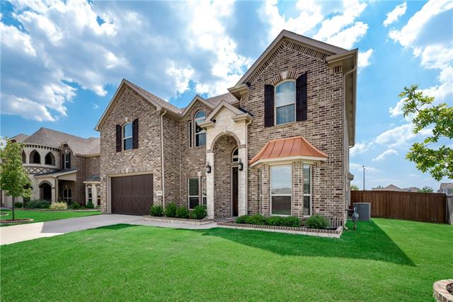 7235 Laguna, Grand Prairie in Tarrant County, TX 75054 Home for Sale