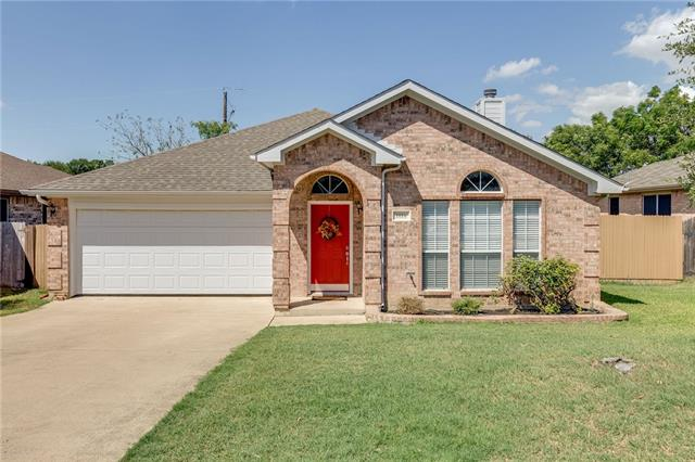 1016 Gaines Mills Road, Grand Prairie in Dallas County, TX 75052 Home for Sale