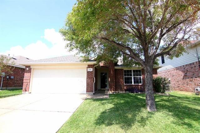 914 Glenbrook Drive, Grand Prairie in Dallas County, TX 75052 Home for Sale