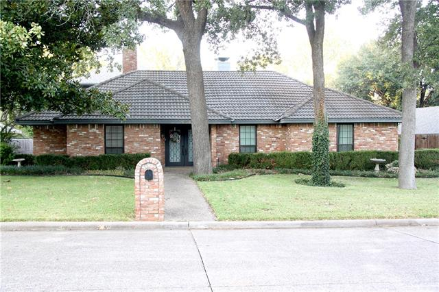 2342 King Richard Drive, Grand Prairie in Tarrant County, TX 75050 Home for Sale