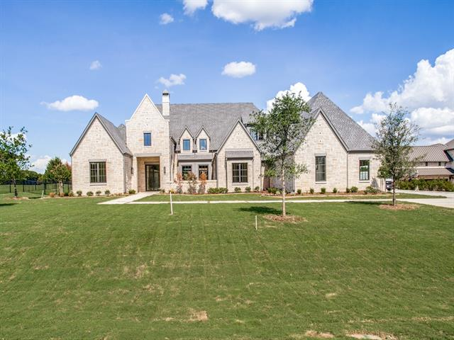 910 Foxglove Trail, Fairview, Texas