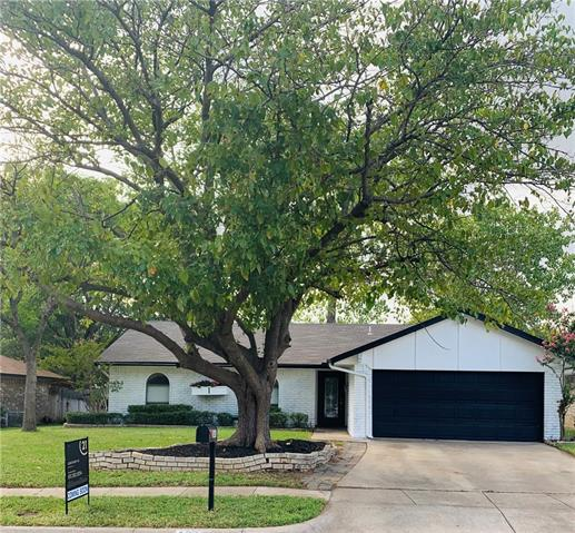 2405 Poppy Lane, Euless in Tarrant County, TX 76039 Home for Sale