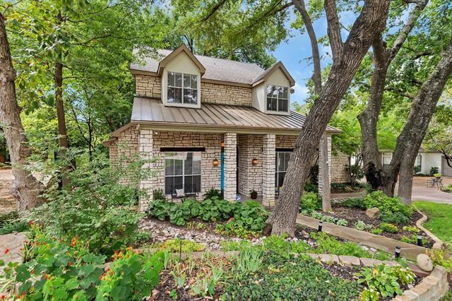 2702 Woods Lane, Garland, Texas