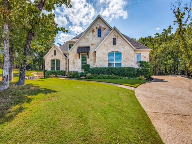 10 Hale Court, Trophy Club, Texas