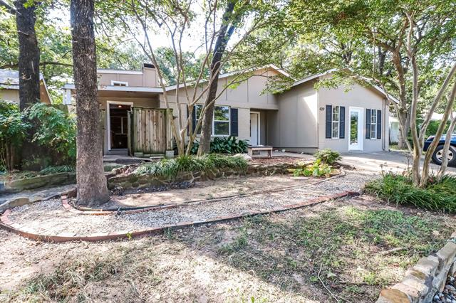 409 Shelmar Drive, Euless in Tarrant County, TX 76039 Home for Sale