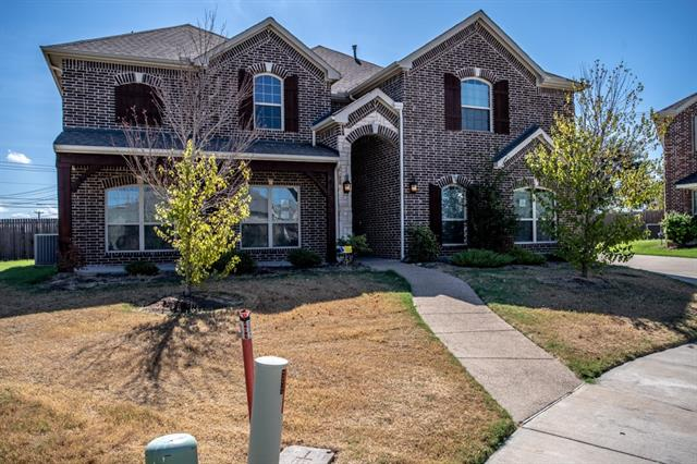 One of De Soto 5 Bedroom Homes for Sale at 812 Rolling Hills Lane