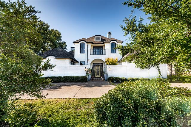 6437 Ridglea Crest Drive, Fort Worth Alliance, Texas