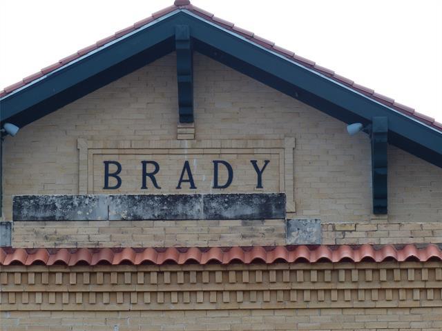 505 N Bridge, Brady, TX 76825