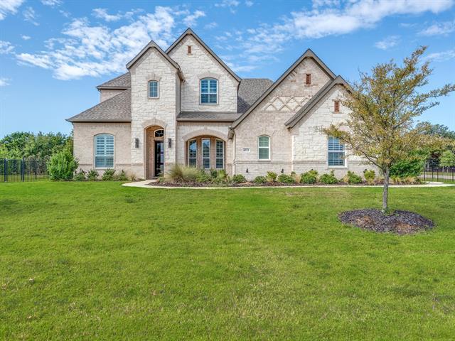 4521 Donnoli Drive, Flower Mound, Texas