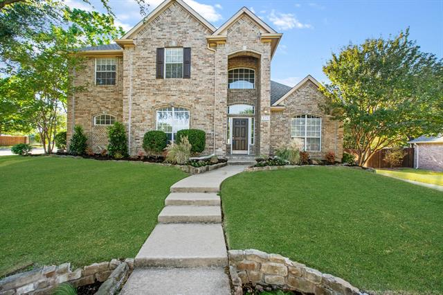Allen Homes for Sale -  Pool,  310 Fairfax Drive