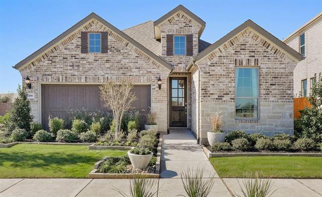 2108 Spencer Lane, Carrollton, Texas