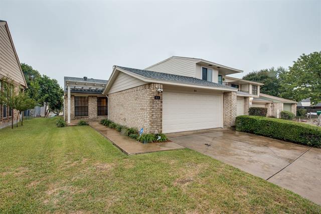 814 Saint Andrews Court, Garland, Texas