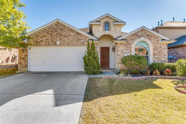 307 Bradbury Drive, Euless in Tarrant County, TX 76040 Home for Sale