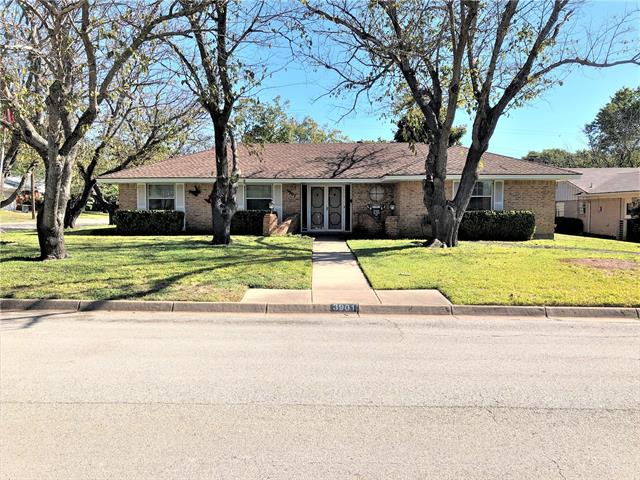 3901 Sunnydale Drive, Fort Worth Alliance, Texas