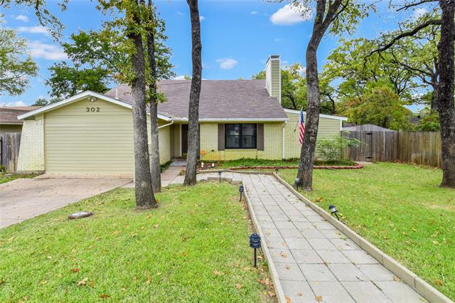 302 Shelmar Drive, Euless, Texas
