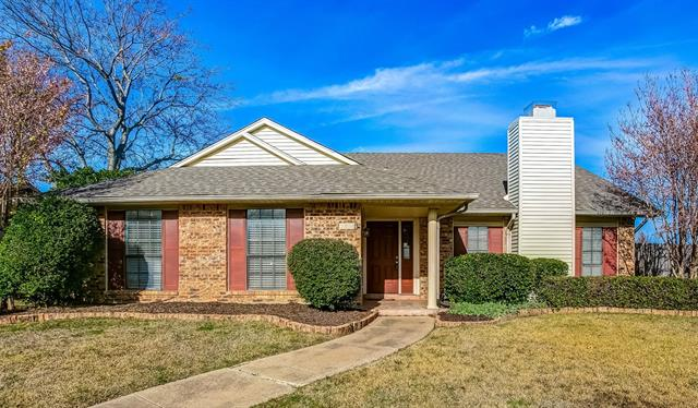 2804 Hamlett Lane, Flower Mound, Texas