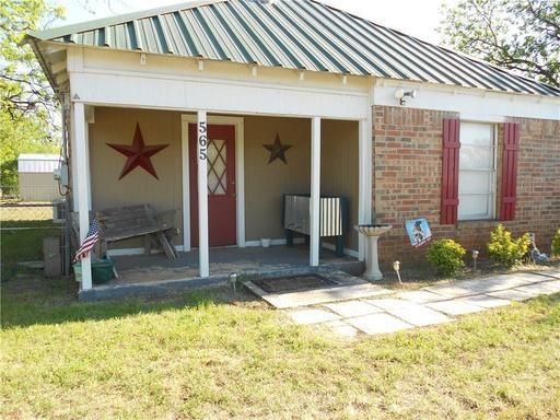 565 Main Street, Lawn, TX 79530