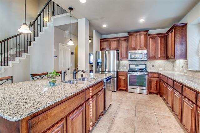 401 Kelvington Drive, Anna in Collin County, TX 75409 Home for Sale