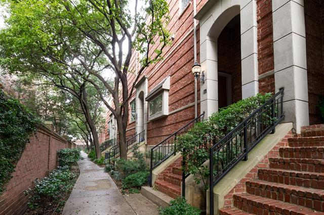 Dallas Uptown Homes for Sale -  Gated,  1500 Pecos Street